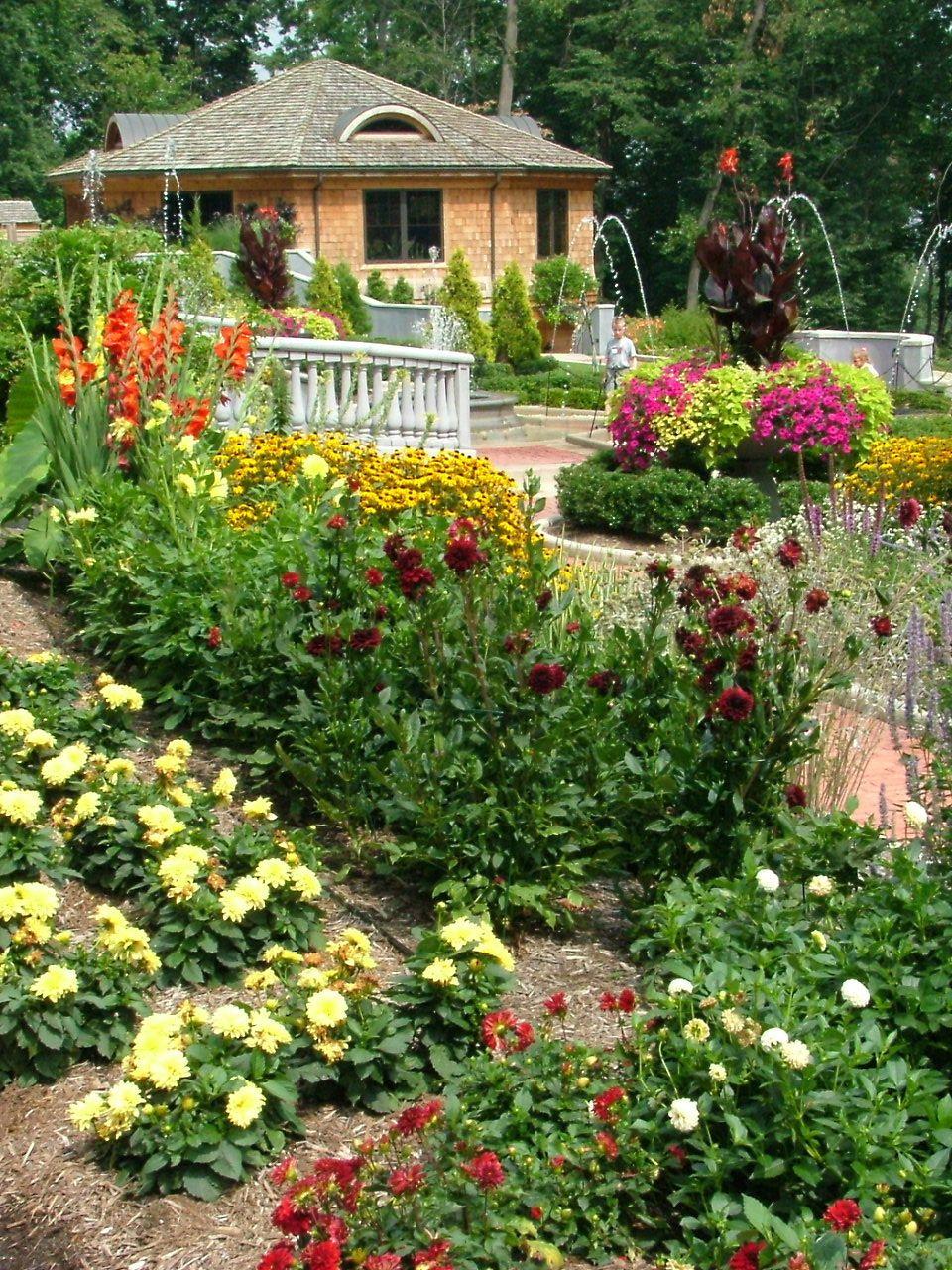 Akron Zoo Lehner Family Gardens They Offer Weddings