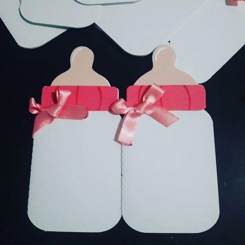 Invitaciones Con Forma De Biberón Para Baby Shower Dale Detalles Biberones Para Baby Shower Dinamicas Para Baby Shower Biberones