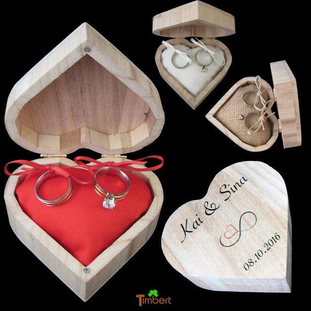 Dieses Ringkissen In Einer Holzbox In Herzform Transportiert Eure