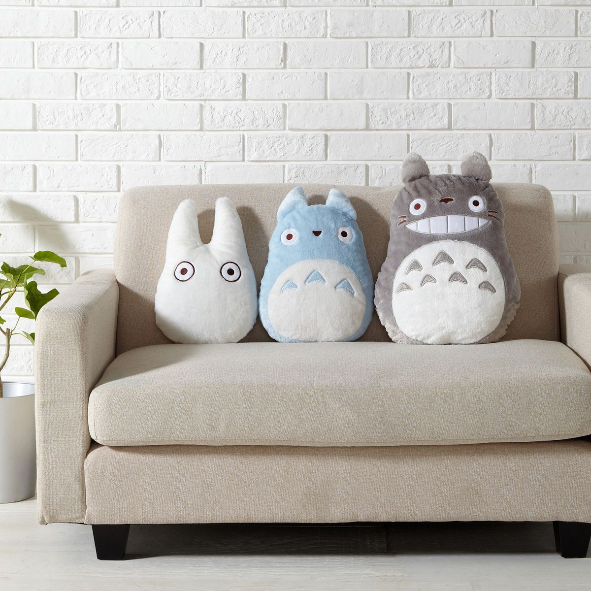 Totoro | Decorative Pillows & Cushions | Pinterest | Totoro ...