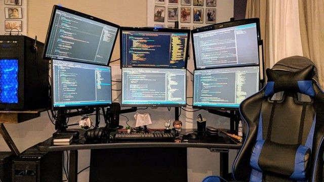What is your dream desk setup? To be considered for all of our jobs and have a personalized experience, contact us to discuss your preferences and we'd love to speak with you! Call, email, or click the link in our bio.⠀ -⠀ #jobs #jobsearch #coding #software #engineering #softwareengineer #siliconvalley #bayarea #california #recruiting #getrecruited #softwaredevelopment #programming #programmer #hightech #technology #employment