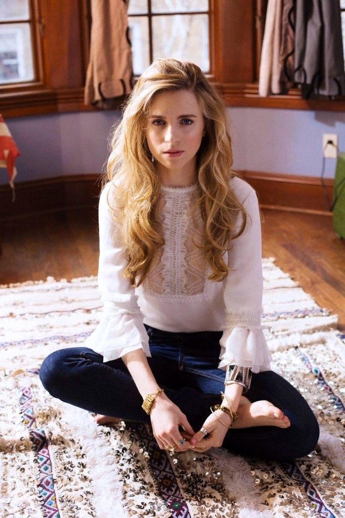 Brit Marling Is So Naturally Beautiful And Talented Mi Musa