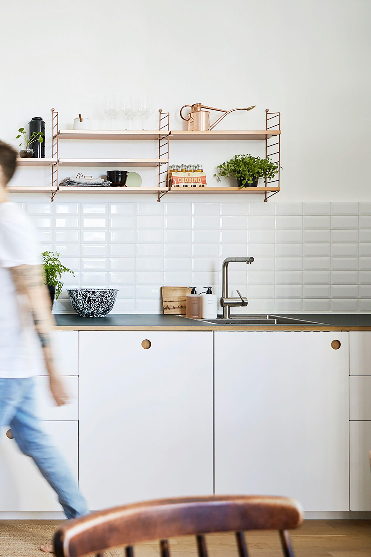 Homestory – Eine Basis Küche in Berlin | Arbeitsplatte, Lackieren ...
