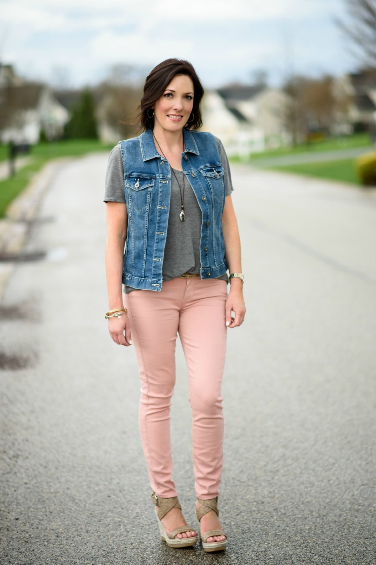 how to wear pale pink skinny jeans  pink jeans pink