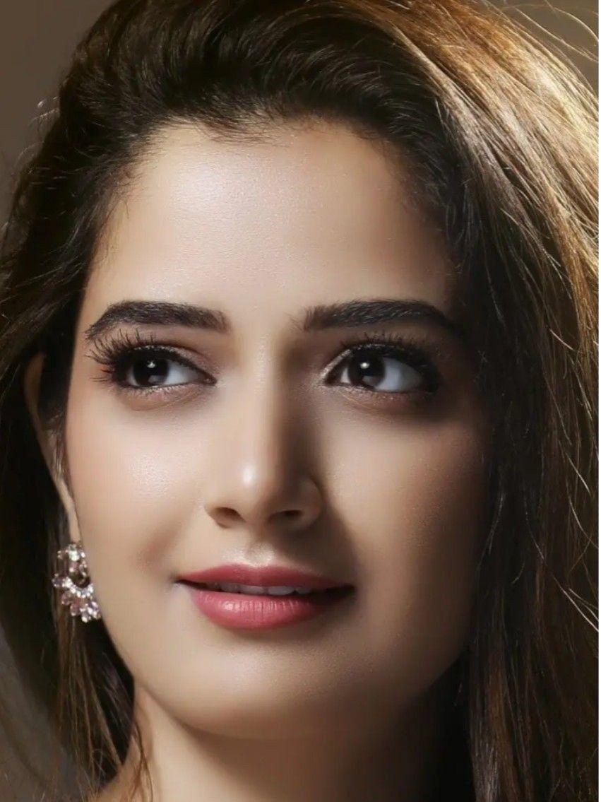 Butful Cute Beauty Beautiful Women Faces Beautiful Eyes