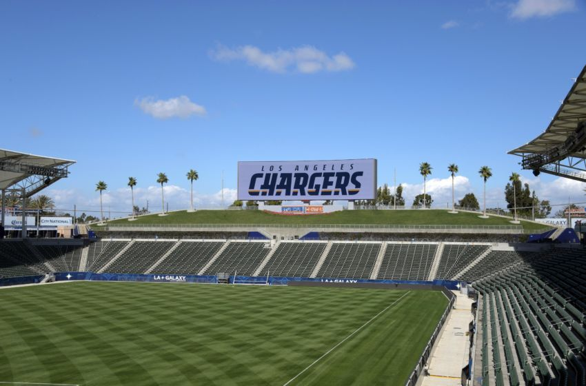 Stubhub Center Carson Ca Future Home Of The Los Angeles Chargers Seating Capacity 30 000 Los Angeles Chargers Chargers Stadium