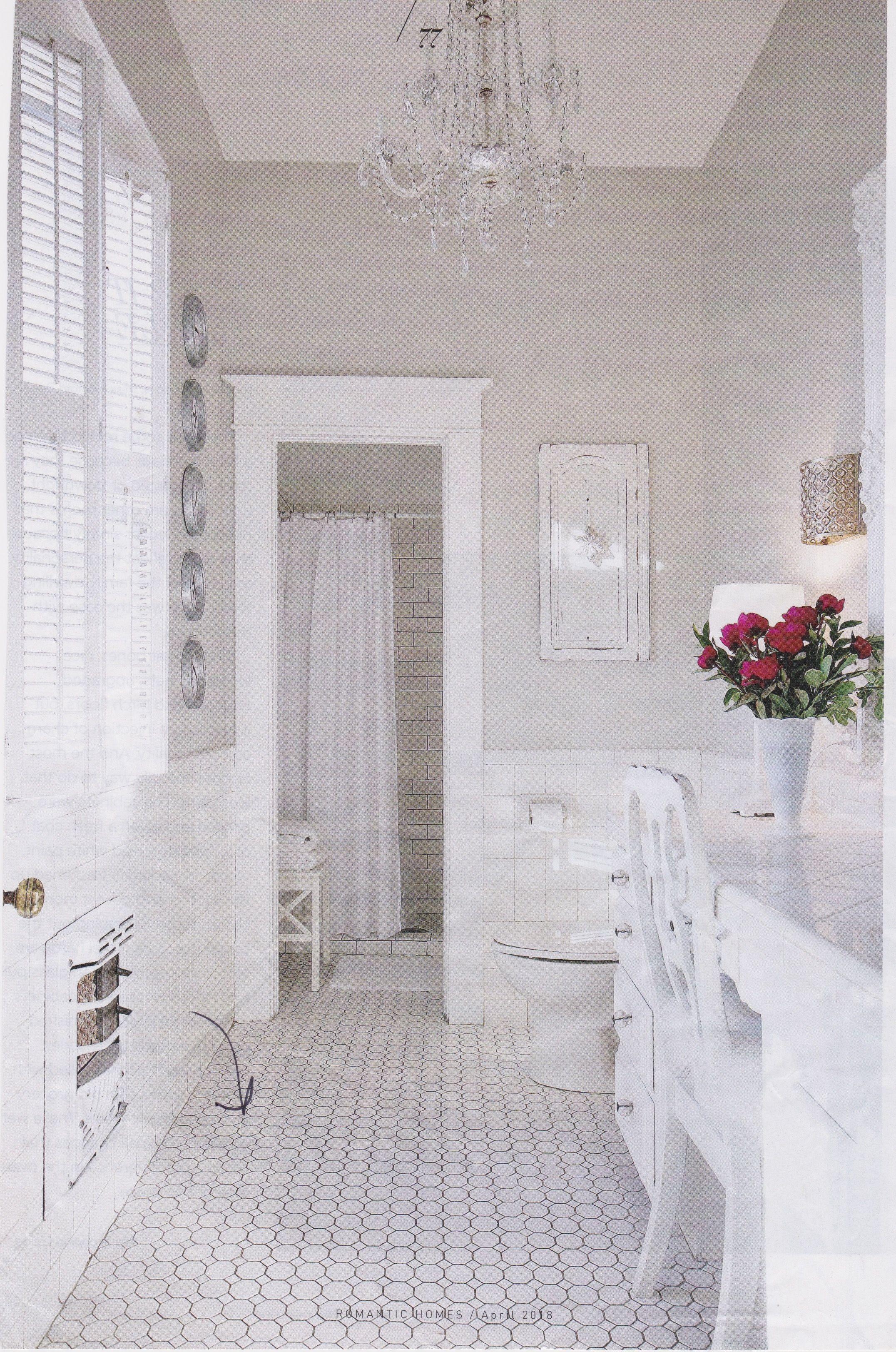 Exelent Bathroom Tile Wainscoting Elaboration - Tile Texture Images ...