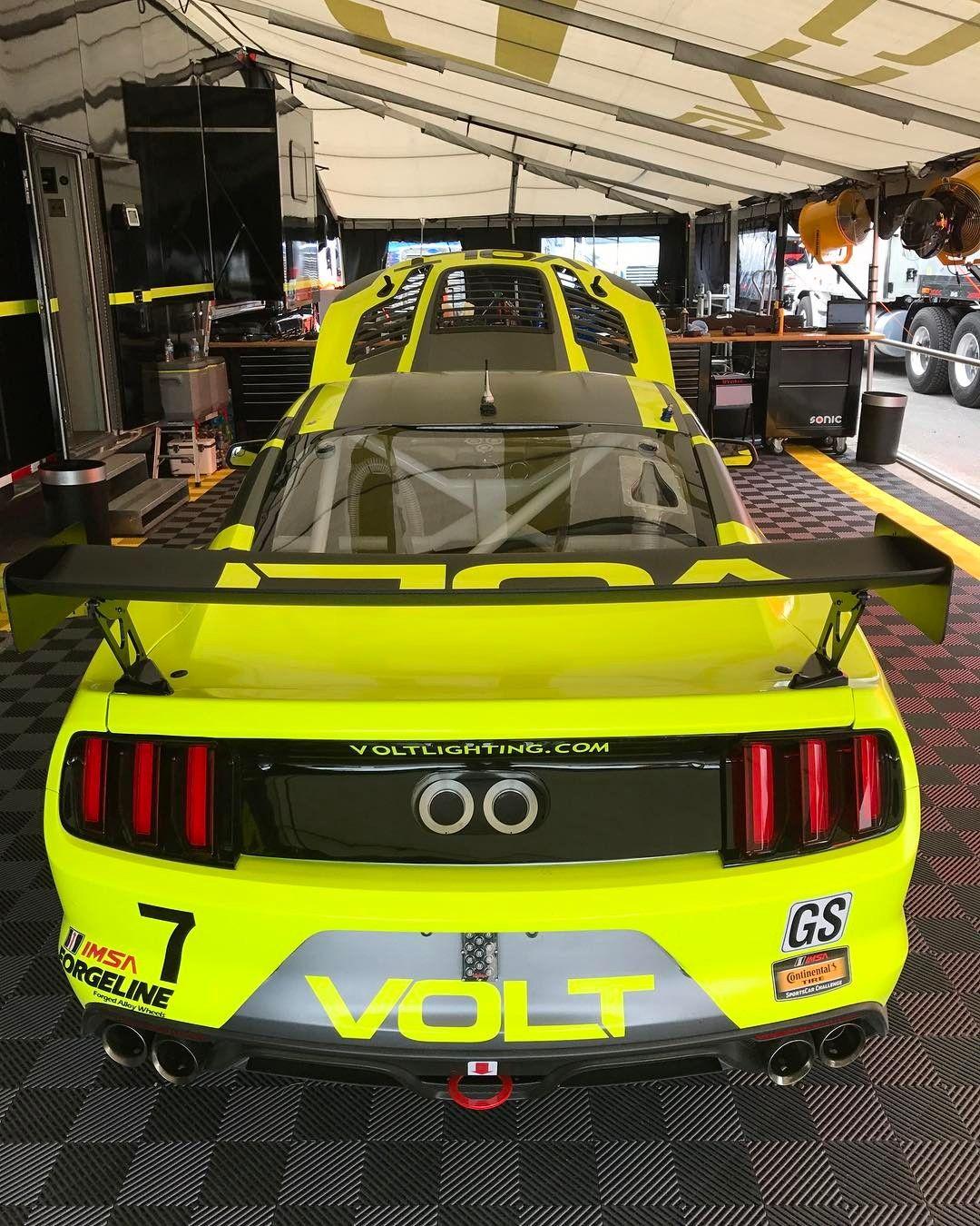 2017 Mustang