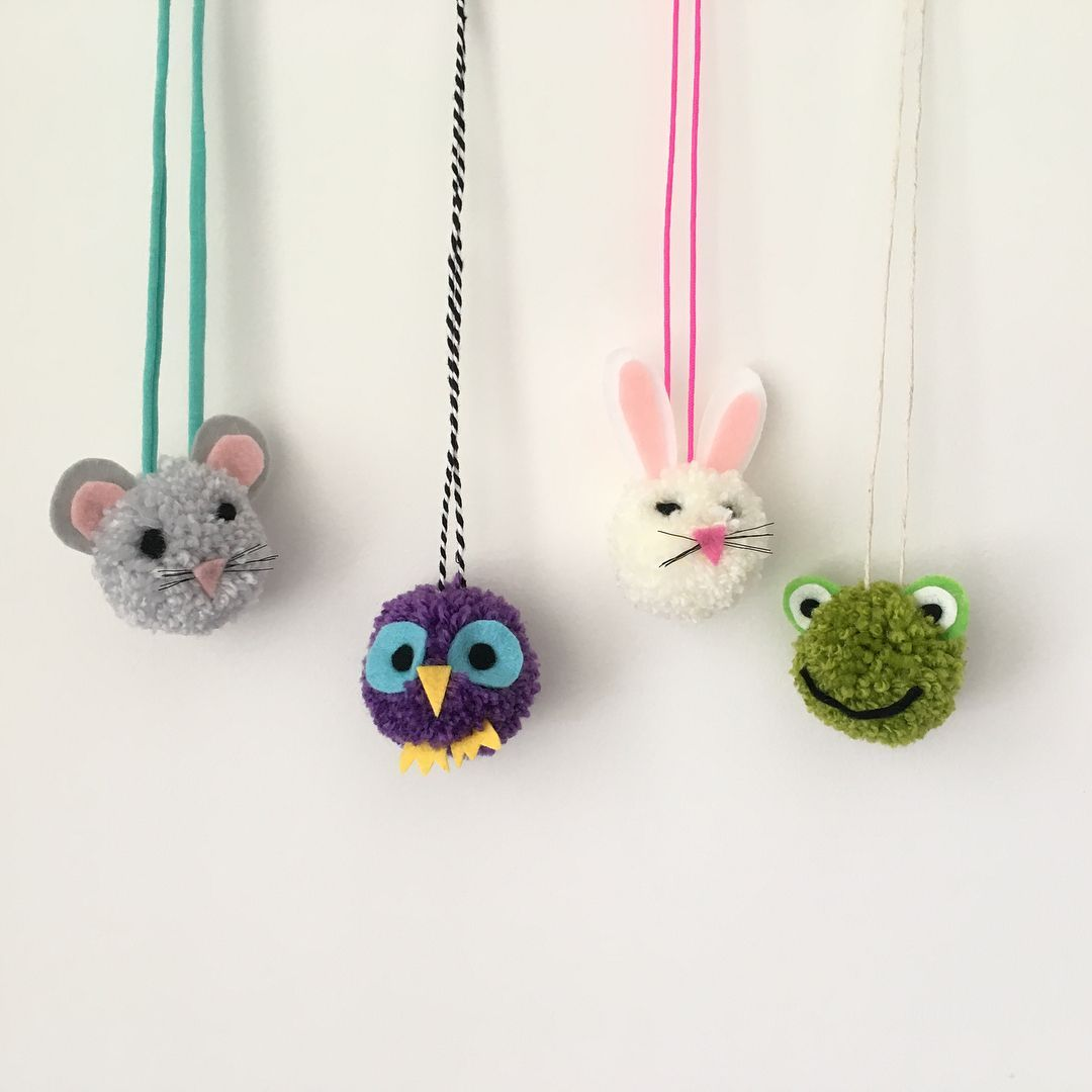 Wild Pom-Poms! These animal-inspired pom-pom necklaces are everything! Learn how to make this gang of guys at a Sewcial Circle Pom-pom party in London