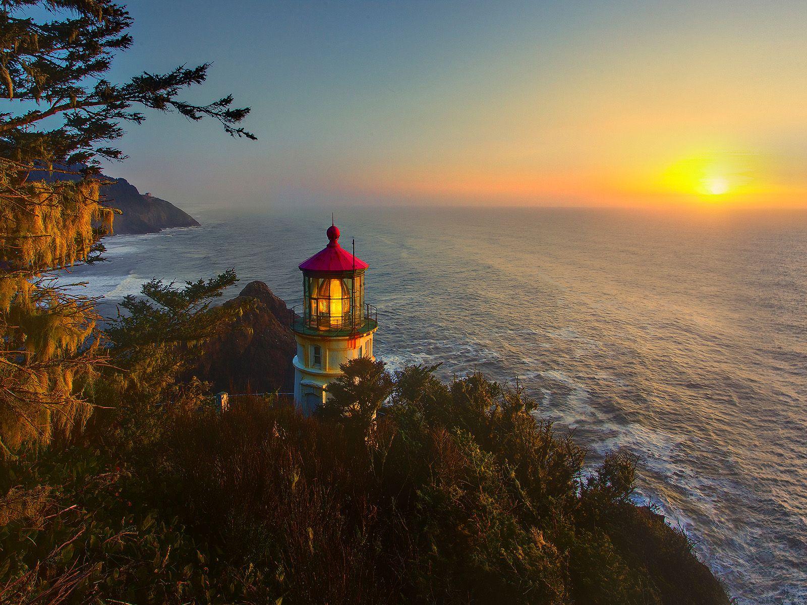 winter in oregon photos winter sunset heceta head lighthouse