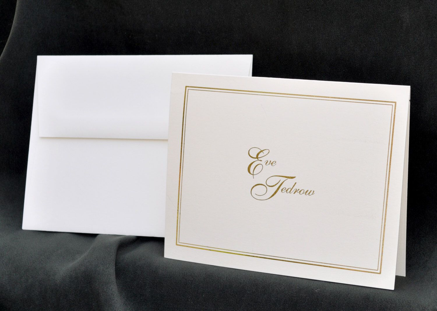 Linen Finished Personalized Note Cards /& Stationery Set Embossed Panel The Enchanted Envelope