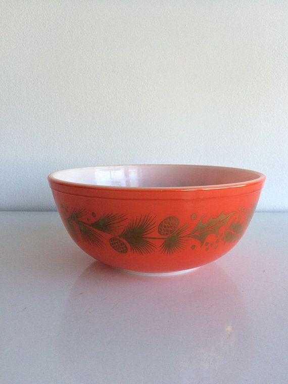 Vintage Golden Holly Pine Cone Pyrex Mixing Bowl #404 4 Quart RARE ...