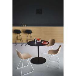 Lapalma Miunn bar stool with sled base 75cm light mud white lacquered leather (C3) LaPalmaLaPalma
