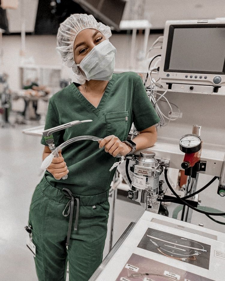 Aesthetic Nurse Practitioner Certification