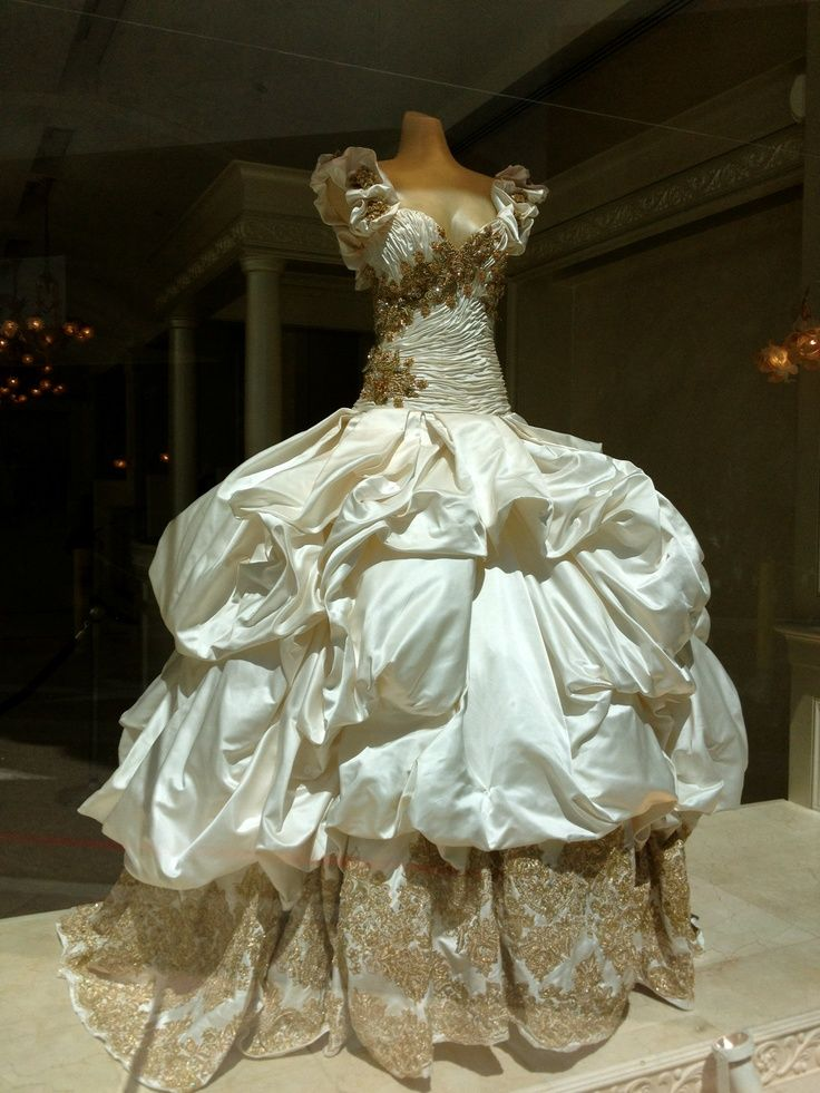 Baracci Wedding Dress Unique Wedding Gowns Wedding Dress Styles Dresses