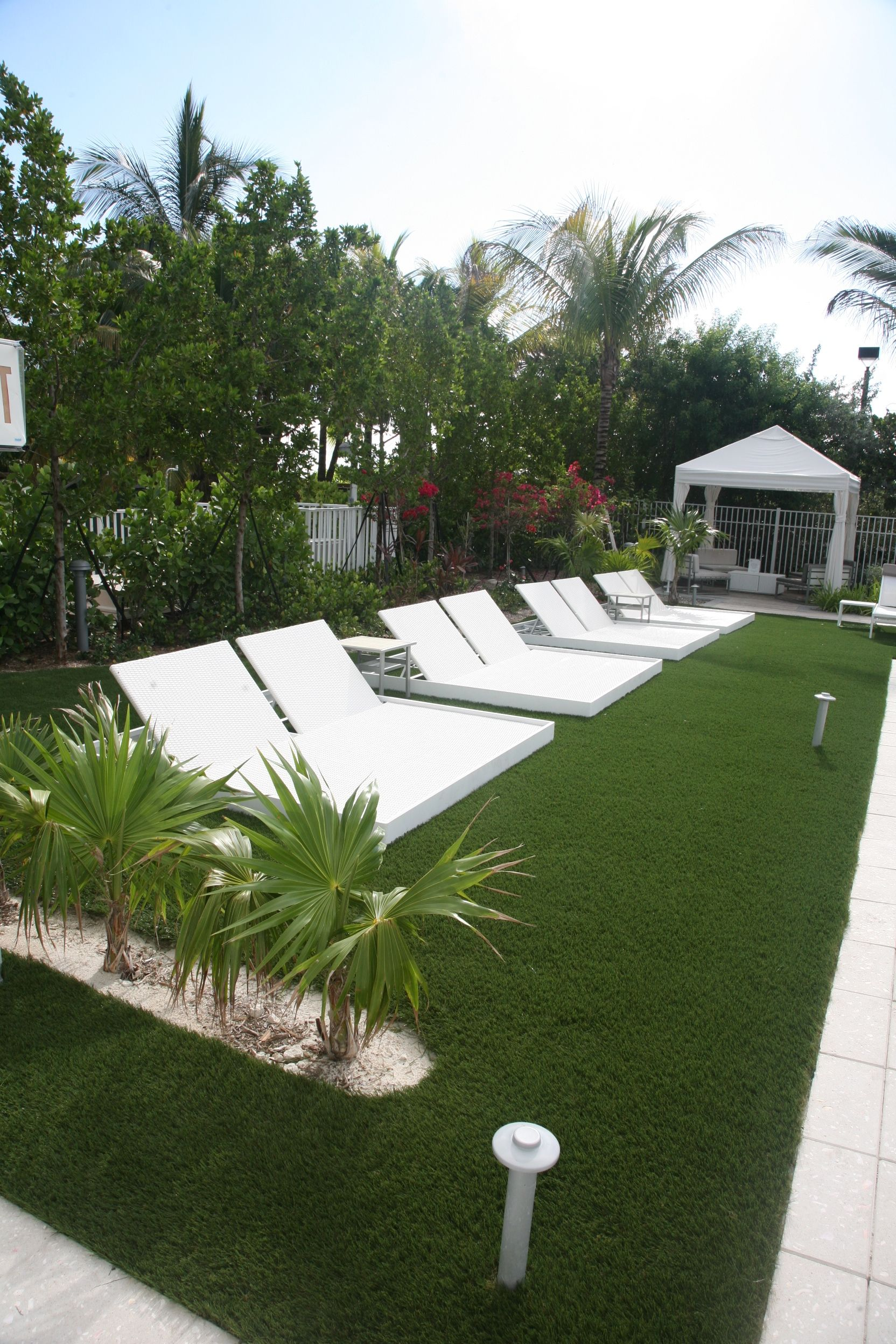 miami cadillac on rates lobby in information z hotel beach reviews club mid hotels guestroom