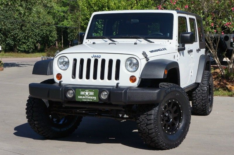 2011 Unlimited Sahara with Matching Color Hard Top