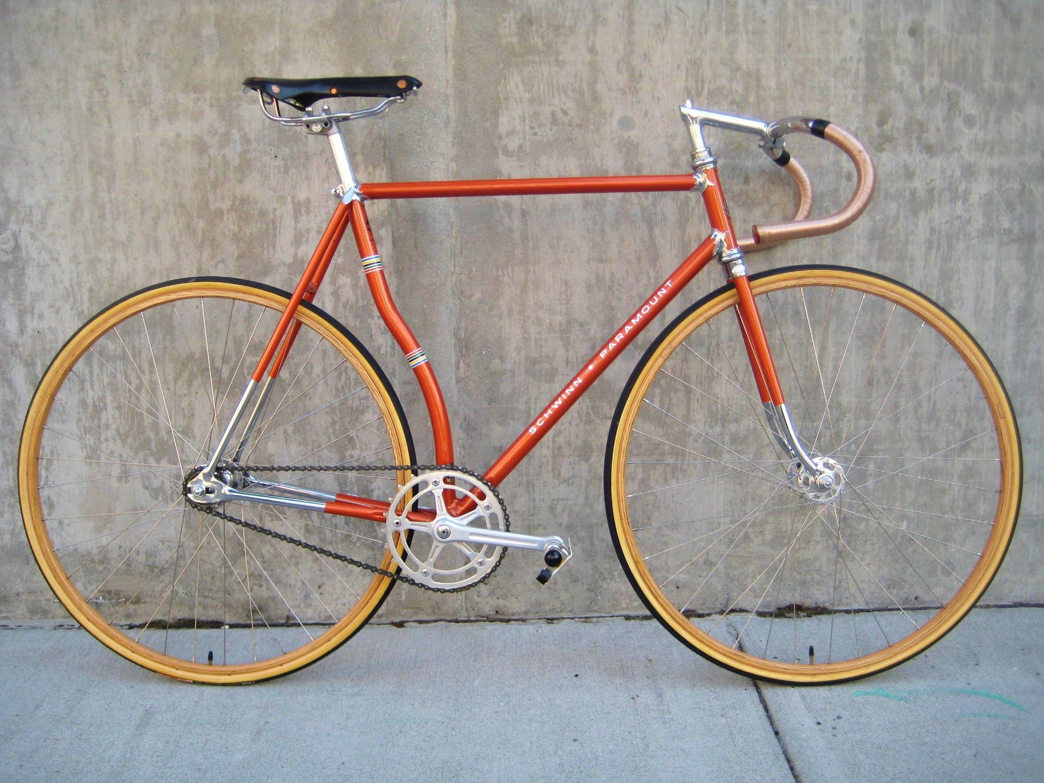 Schwinn Paramount Curved Seat Tube Bicycle Steel Bike Classic Road Bike