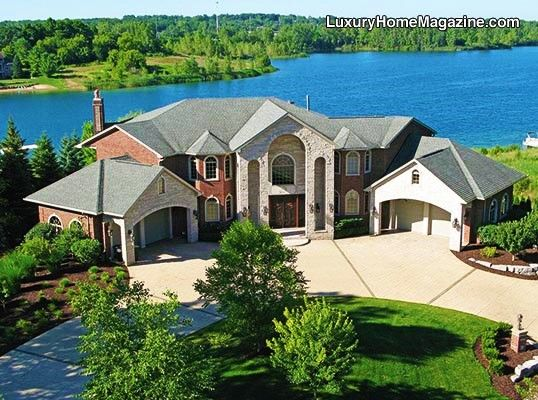 Magnificent Lakefront Estate On All Sports Sunrise Lake Luxury Homes House And Home Magazine Luxury Realtor