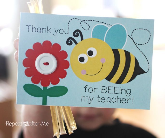 Bee Themed Back-to-School Teacher Appreciation Gift and Printable - Repeat Crafter Me #teachersdaycard