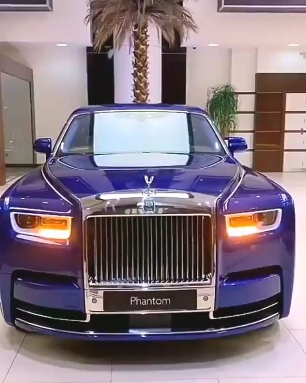 Supercar Duo Luxurycorp Rollsroyce: Pin By FashionCxpi On Mode (With Images)