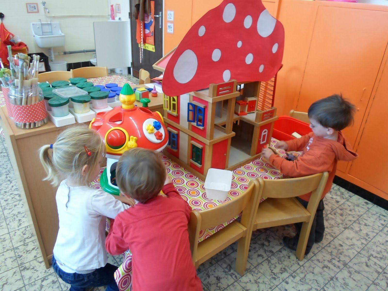 Reuzen en kabouters themahoek tafel uk puk het for Poppenhuis voor peuters
