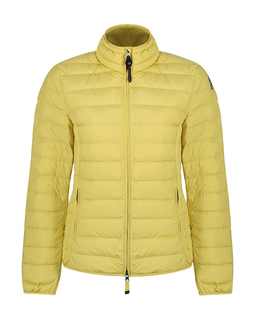 The Parajumpers Geena jacket is down filled and has a luxurious quilted construction. This jacket