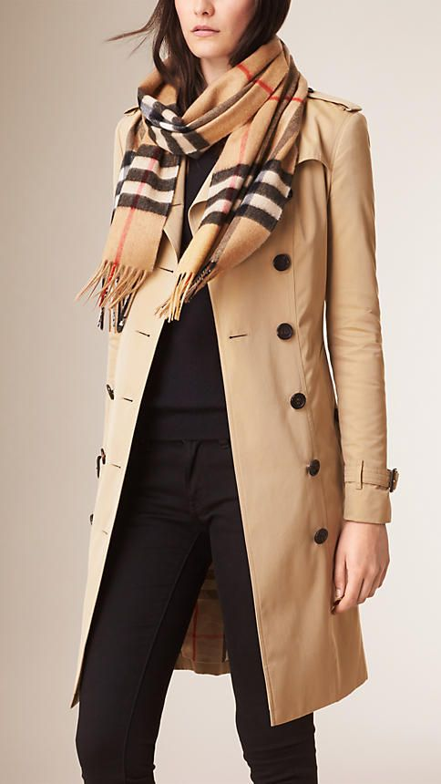 c64447974f372 Camel check The Classic Cashmere Scarf in Heritage Check - 3