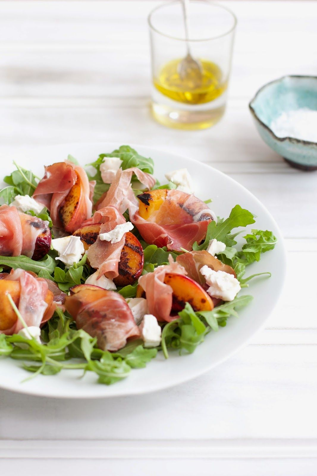 PEACH PROSCIUTTO GOATS CHEESE SALAD