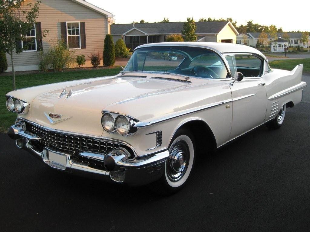 White Cadillac Wedding Car Hire Wickford Es