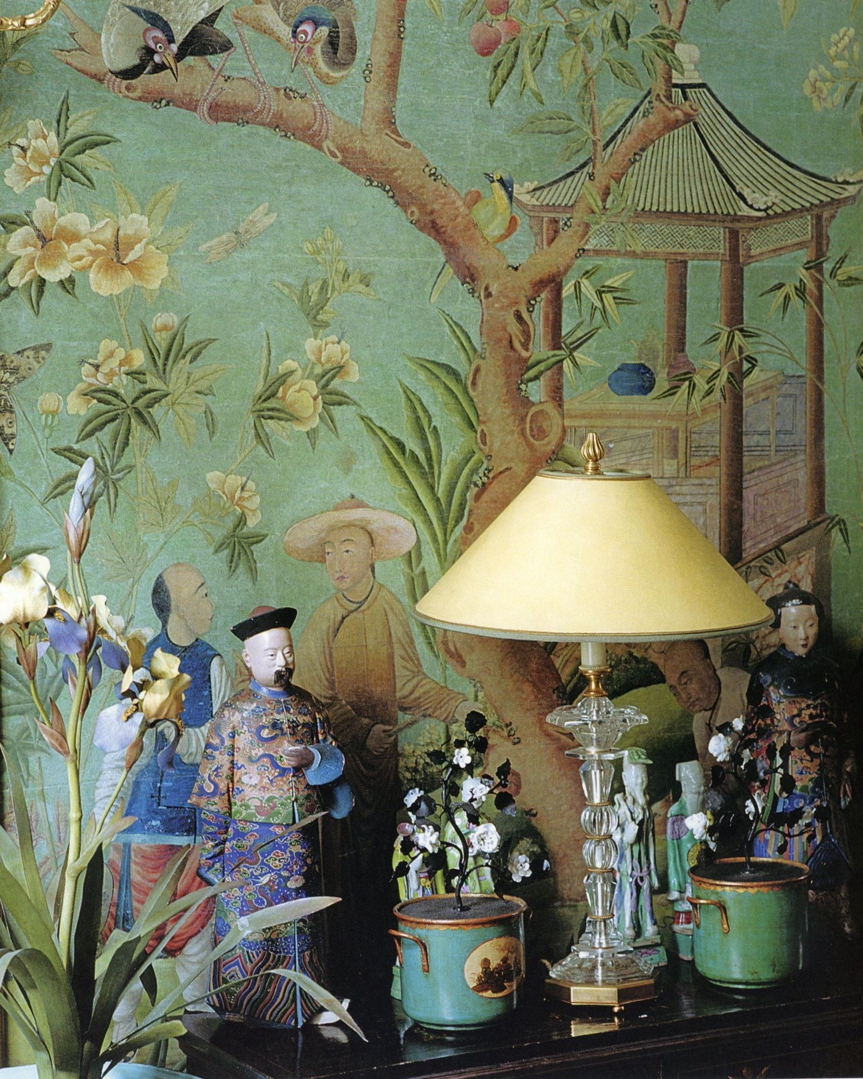 int rieur ancien objets chez pierre berg paris papier mural chinoiserie chinoiseries. Black Bedroom Furniture Sets. Home Design Ideas