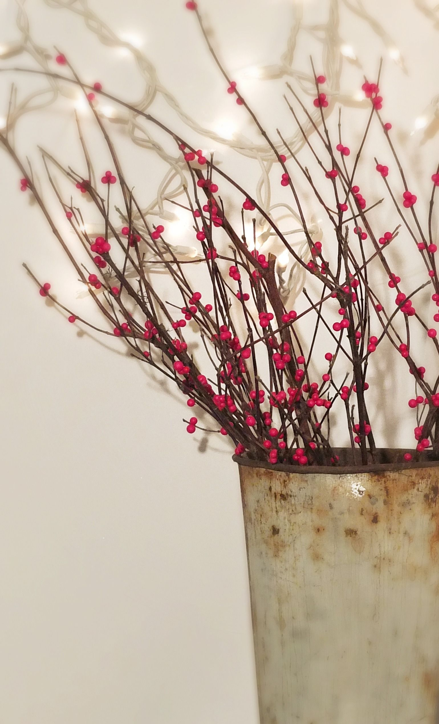 EASY DIY Winterberry branches for Christmas