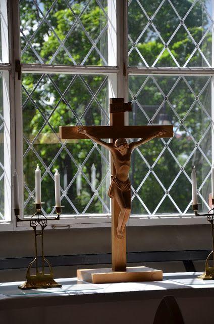 HerStory -Mantan historia ploki: Jeesus. Forssan kirkko. Kuva Tanja Härmä. http://mantanhistoriaploki.blogspot.fi/2013/06/lauantaina-forssan-kirkossa.html
