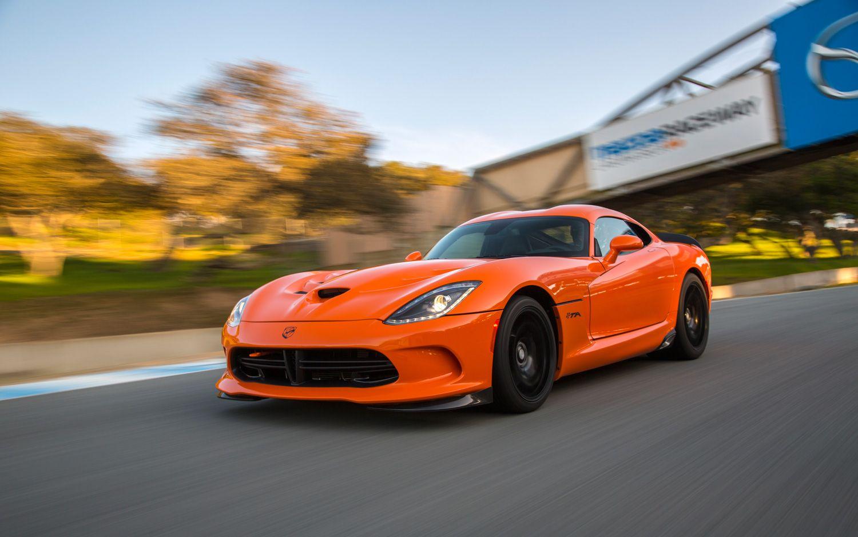 2014 Srt Viper Ta First Test Motor Trend Dodge Viper Srt Viper