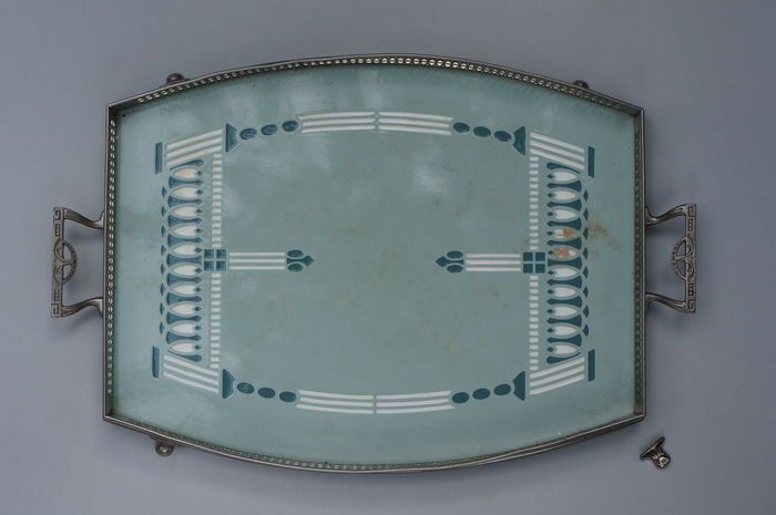 villeroy boch tray in art deco style dresden trays and art deco. Black Bedroom Furniture Sets. Home Design Ideas