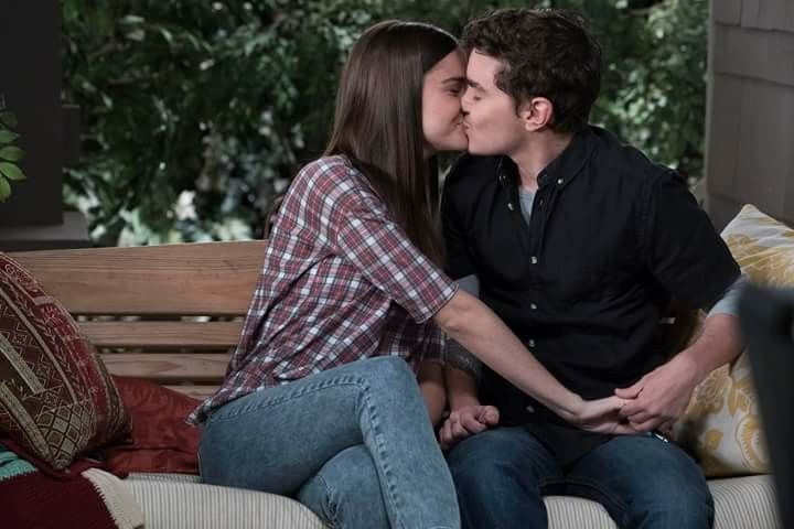 Thefosters 5x03 Contact Callie And Aaron The Fosters Call