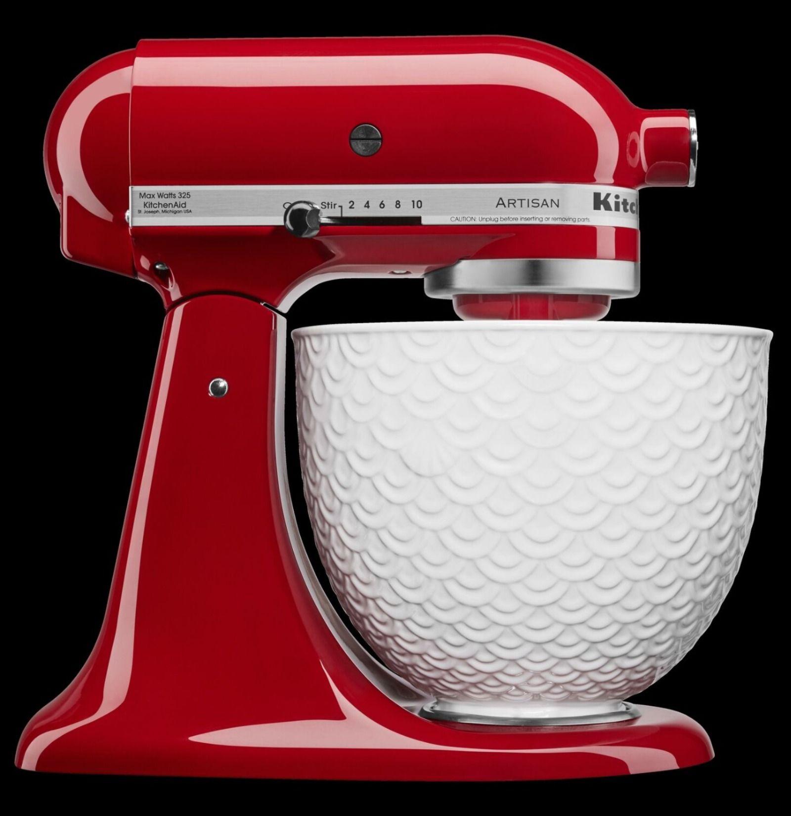 Kitchenaid artisan series tilthead stand mixer with white