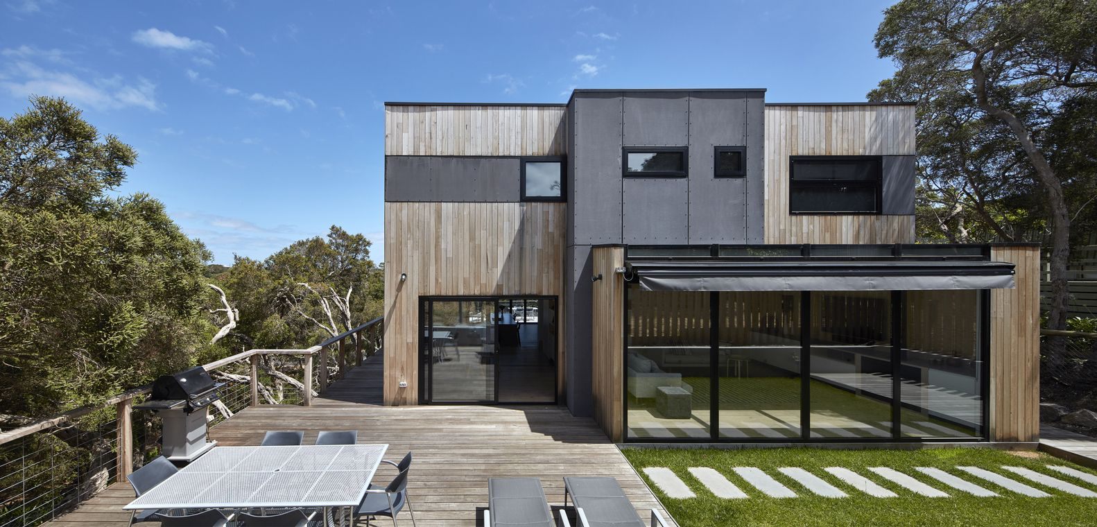 Gallery of Beach House / DX Architects - 1 | Architects ...