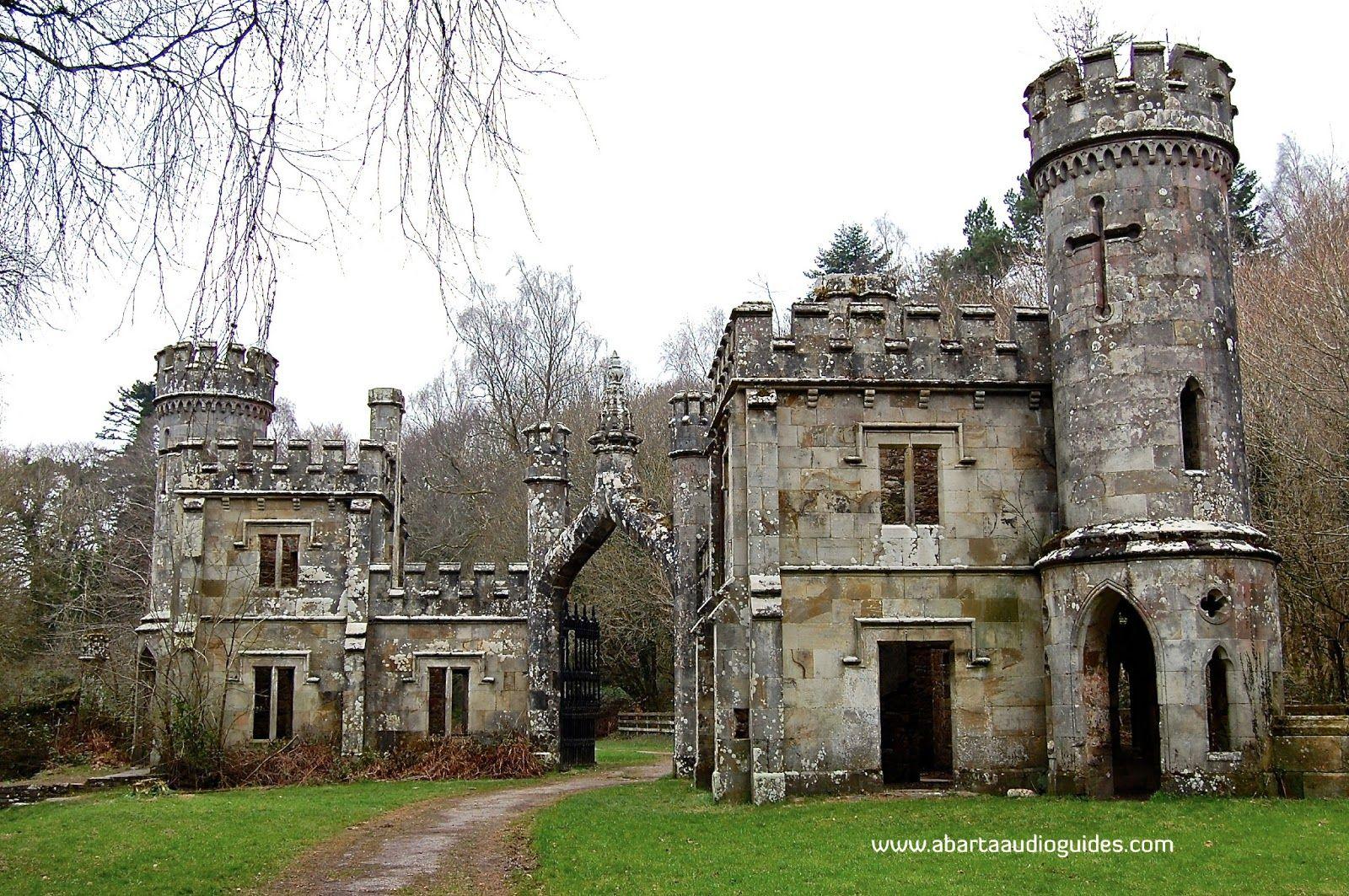 6 unusual looking buildings in Ireland Castle house