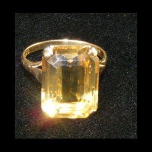 1960s chuncky citrine gemstone ring 9ct