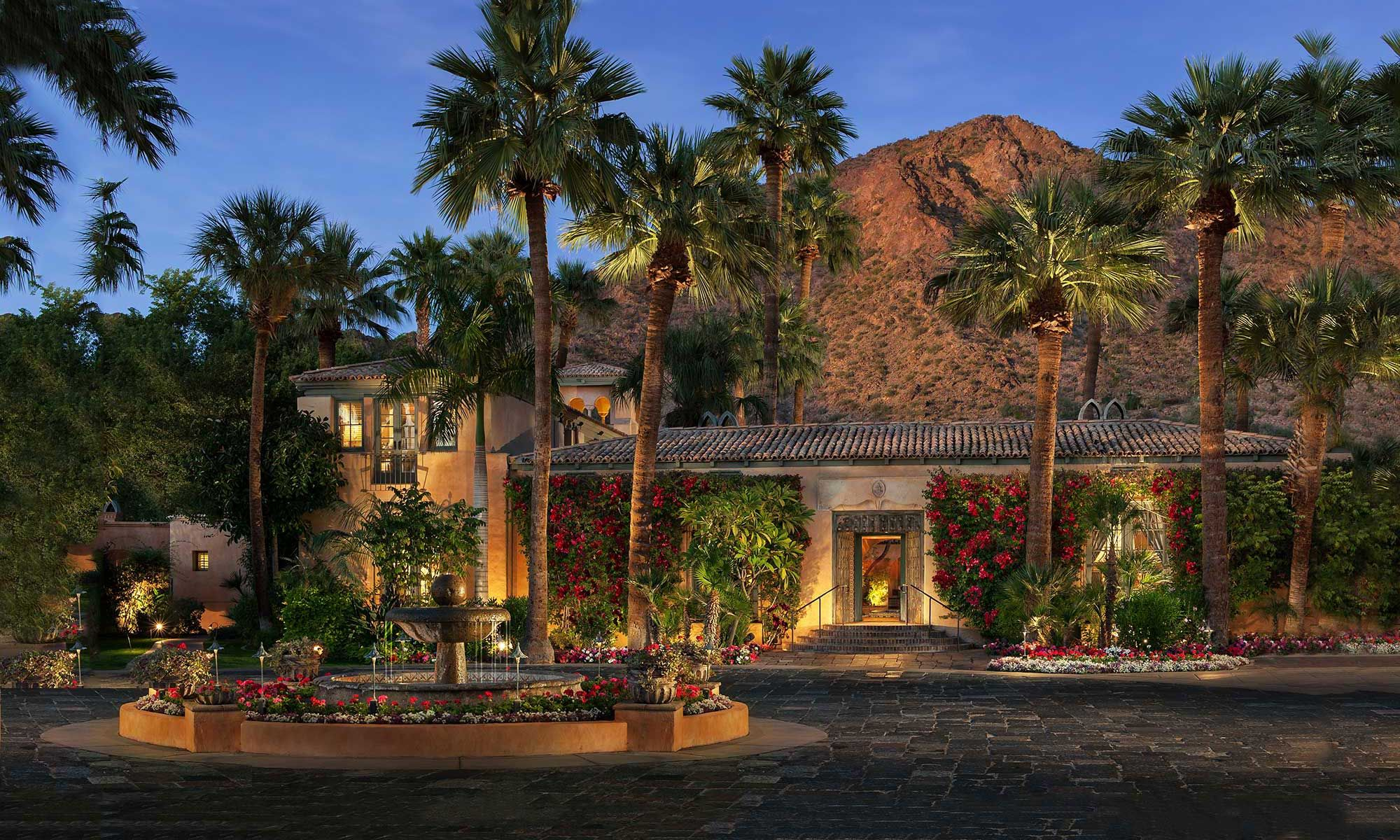 Royal Palms Resort And Spa Is A Luxury Phoenix Arizona That Offers The Intimate Atmosphere Of Luxurious Private Residence
