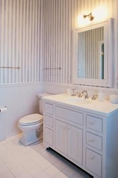 Need to replace a bathroom counter and you don't want to hire a pro? Here's a DIY project for you!