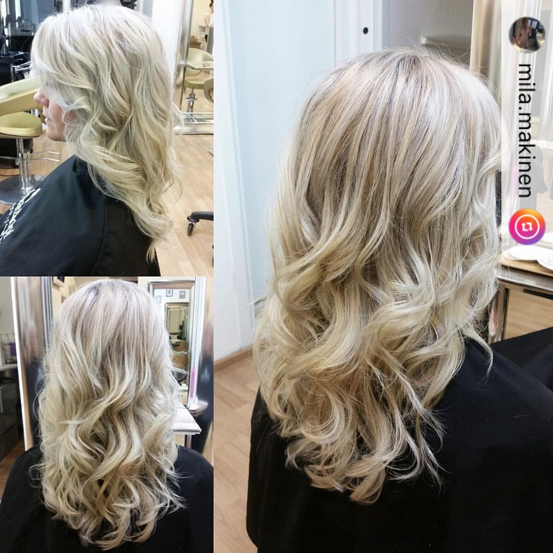 """2 tykkäystä, 1 kommenttia - Velvet Kampaamot (@velvetkampaamot) Instagramissa: """"@hairbytiiamaria @velvettoolo 🙆🏼💆🏼💁🏼 #highlights #blondhair #velvetkampaamot #velvettöölö"""""""""""