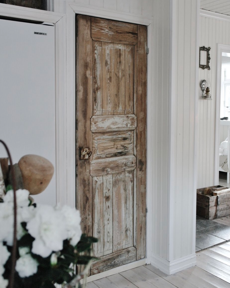 Old Doors New Spaces 10 Must See Upcycled Door Ideas Tips On Where To Salvage Old Shabby Chic Doors Rustic Doors Salvaged Doors Distressed Doors
