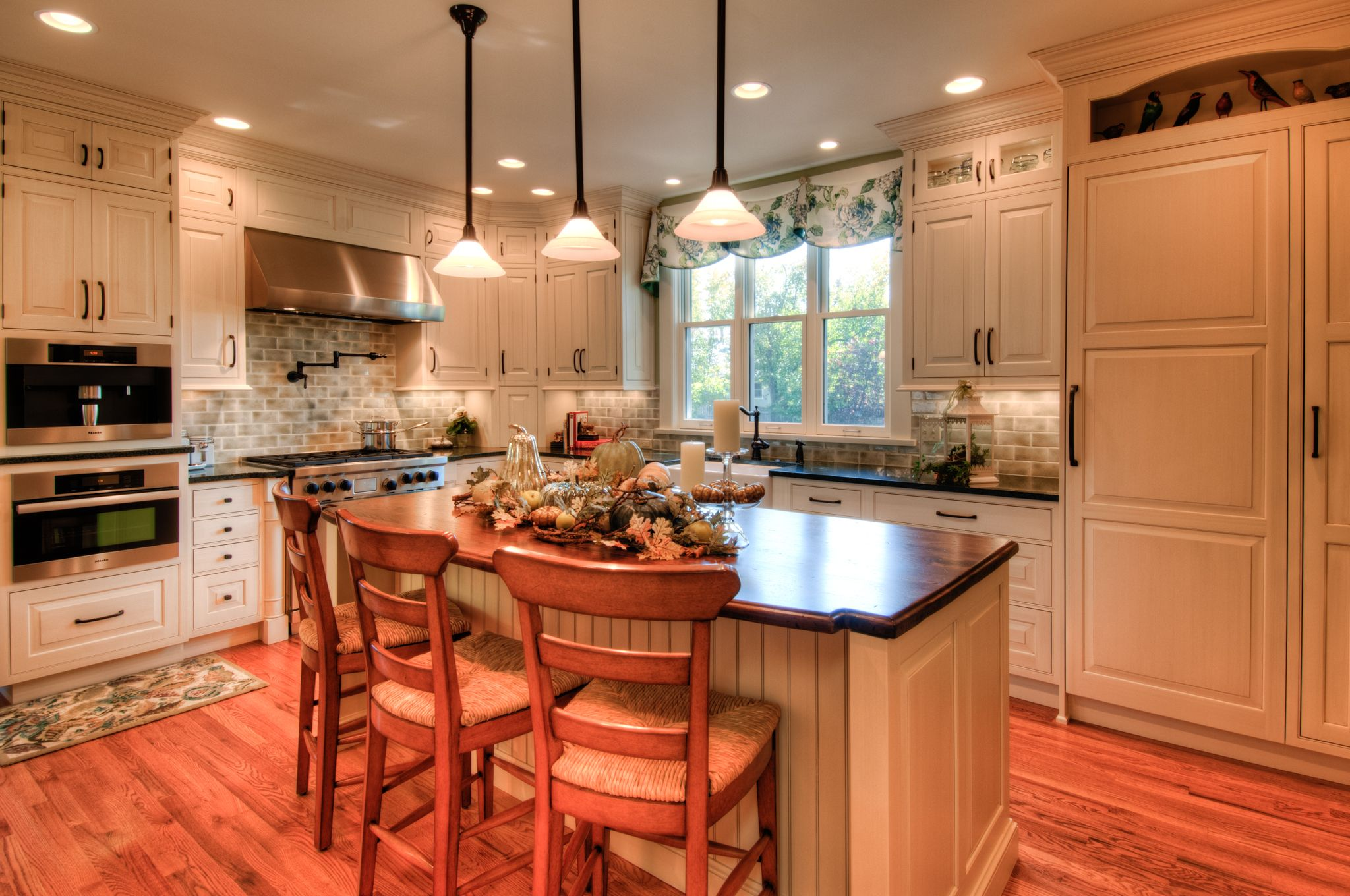 Cottage style on a kitchen remodel for a historic 1800s