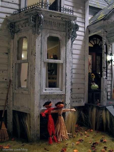 Otterine's Haunted Heritage - /r/dollhouses #haunteddollhouse