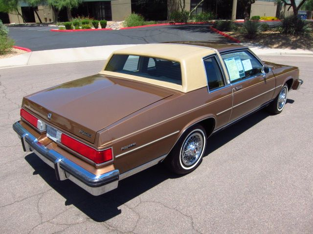 85 Buick Lesabre Limited Collector S Edition This Would Be The Last Year For This Body Style Of The Lesabre Which Buick Lesabre Buick American Classic Cars