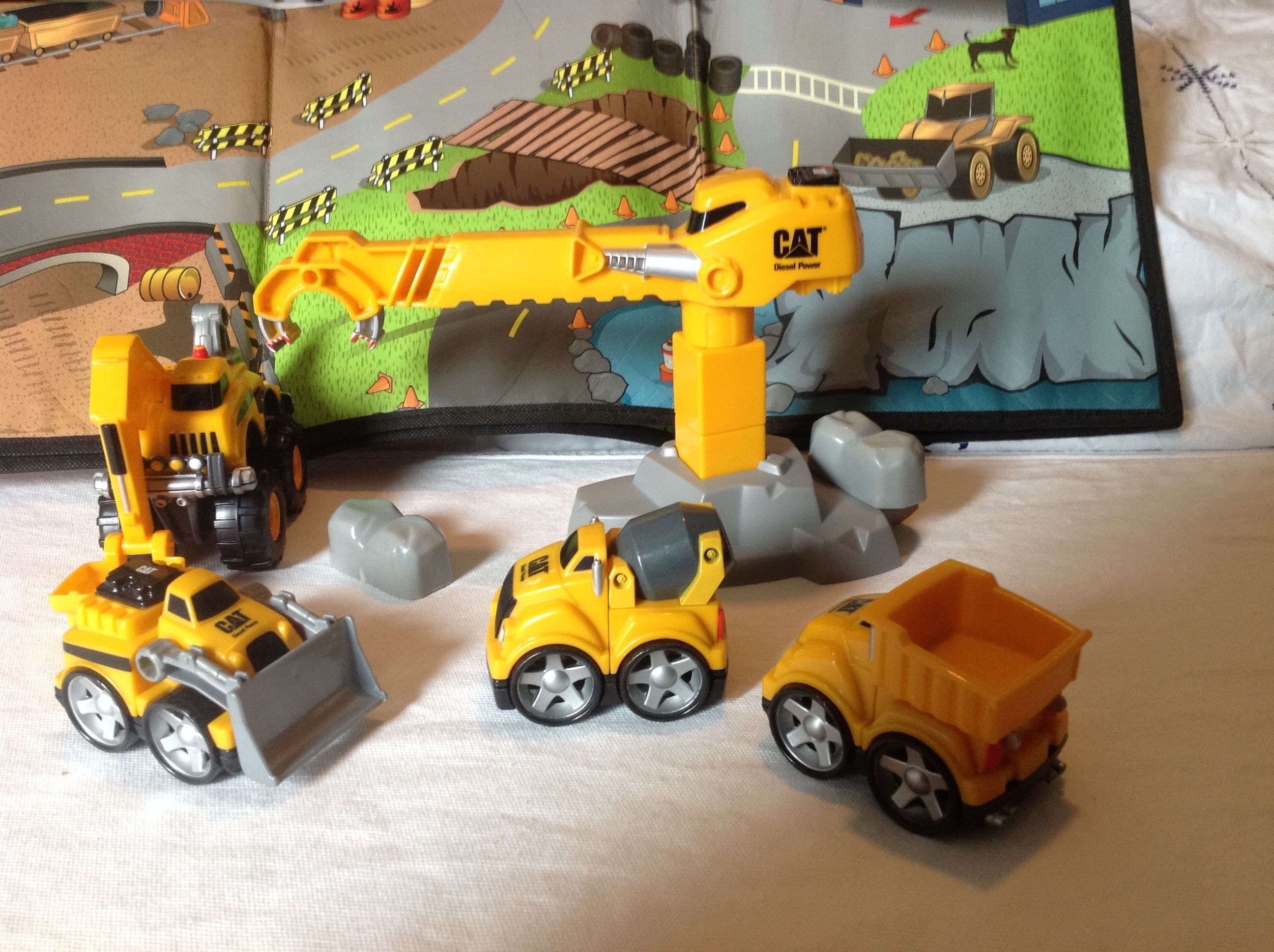 Mega Bloks Cat Construction First Builders Mix Match Vehicles Two