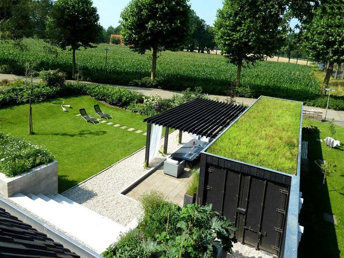 40 Pergola Design Ideas Turn Your Garden Into A Peaceful Refuge Container House Green Roof Shipping Container