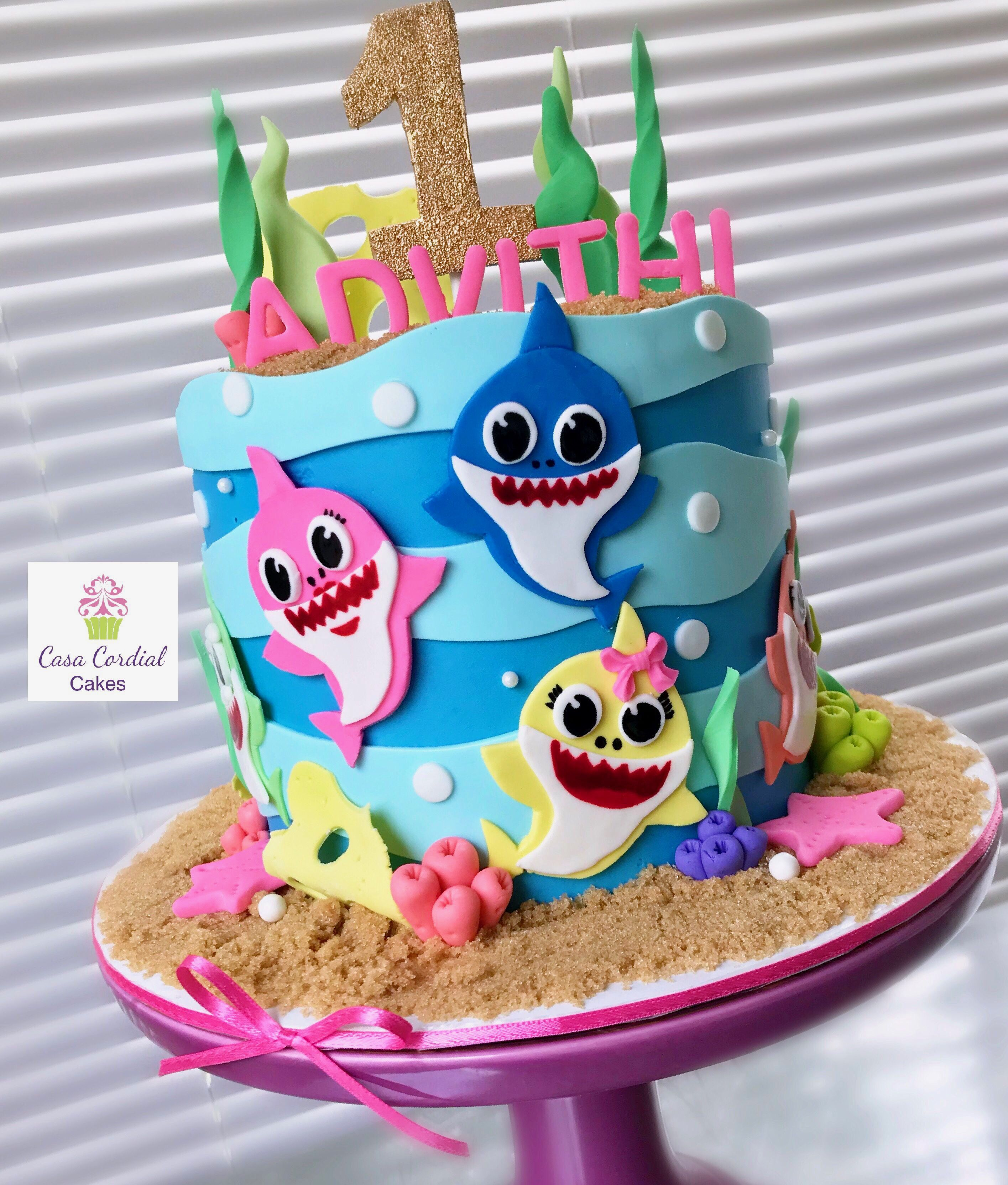 Baby Shark 2nd Birthday Cake For A Girl With Images Girls 2nd